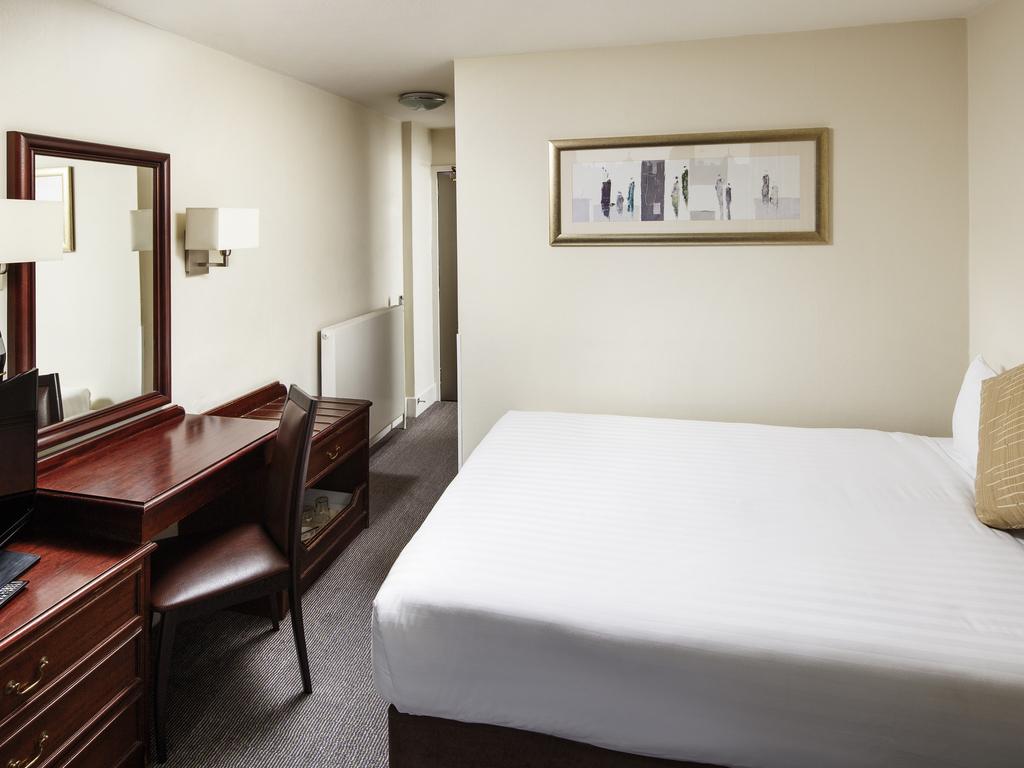 Mercure Edinburgh Princes Street | Hotel in Edinburgh