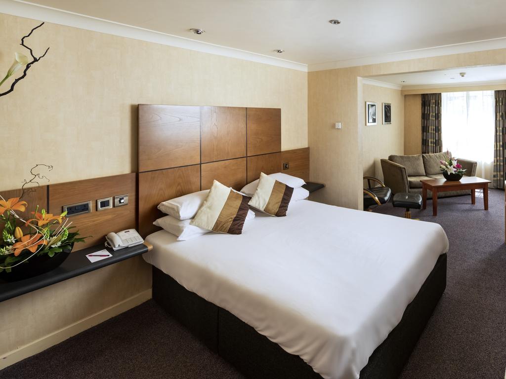 Kidderminster Hotels Family Room