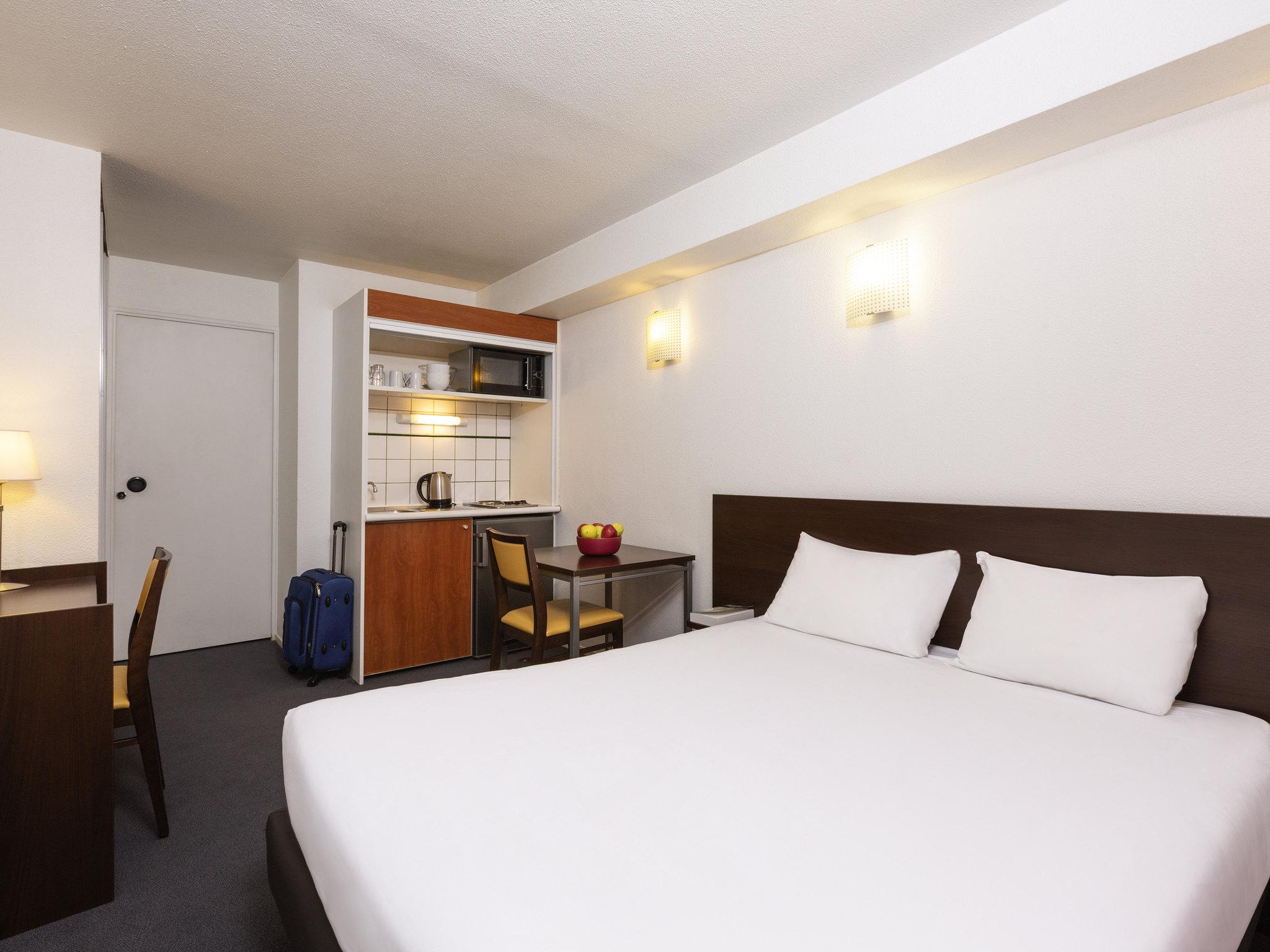 Отель — Апарт-отель Adagio access Ла-Дефанс Леонардо да Винчи
