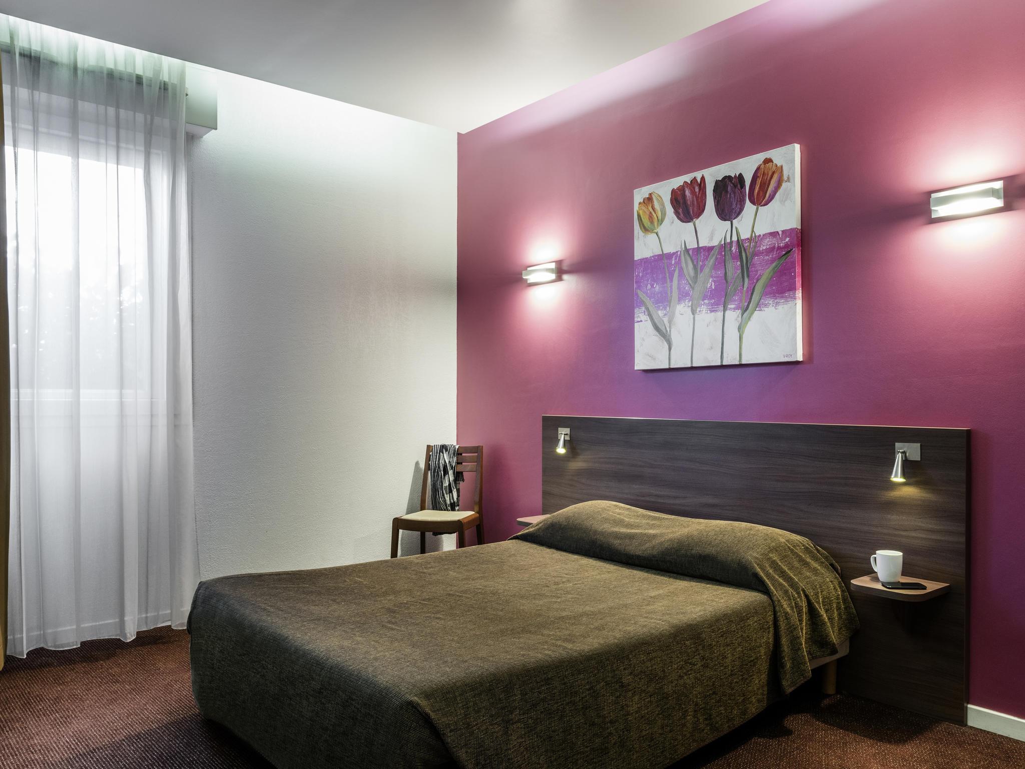Hotel in CHARENTON LE PONT Aparthotel Adagio access Paris Porte