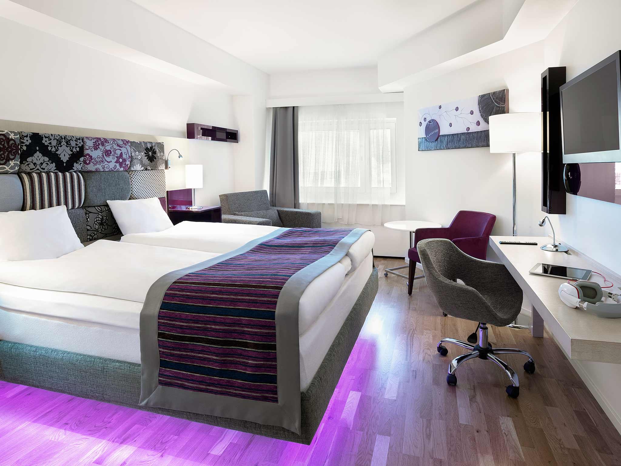 Отель — ibis Styles Stockholm Jarva