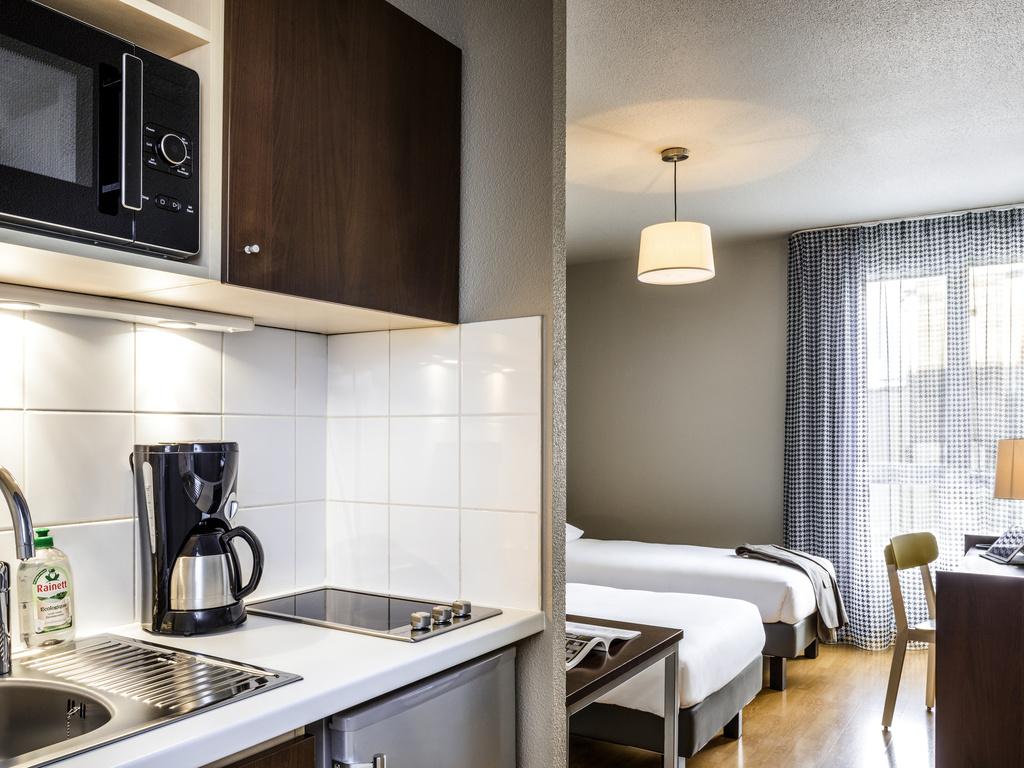 Booking A Self Catering Apartment At Porte De Vanves Adagiocitycom - Hotel porte de vanves