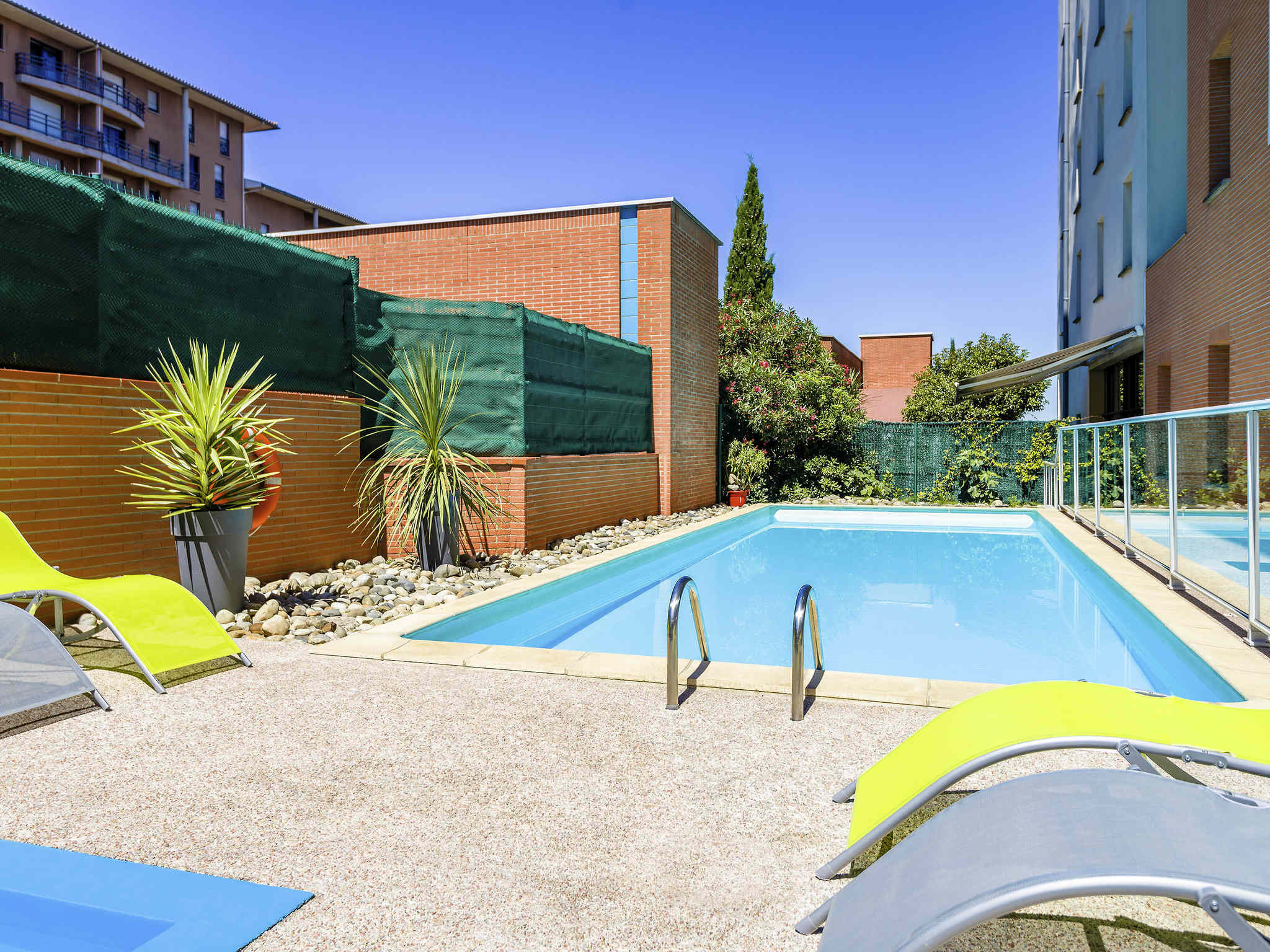 Hotel in toulouse aparthotel adagio access toulouse jolimont for Appart hotel jolimont