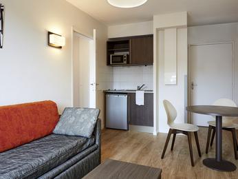 hotel poitiers r server votre chambre l 39 hotel aparthotel adagio access poitiers. Black Bedroom Furniture Sets. Home Design Ideas