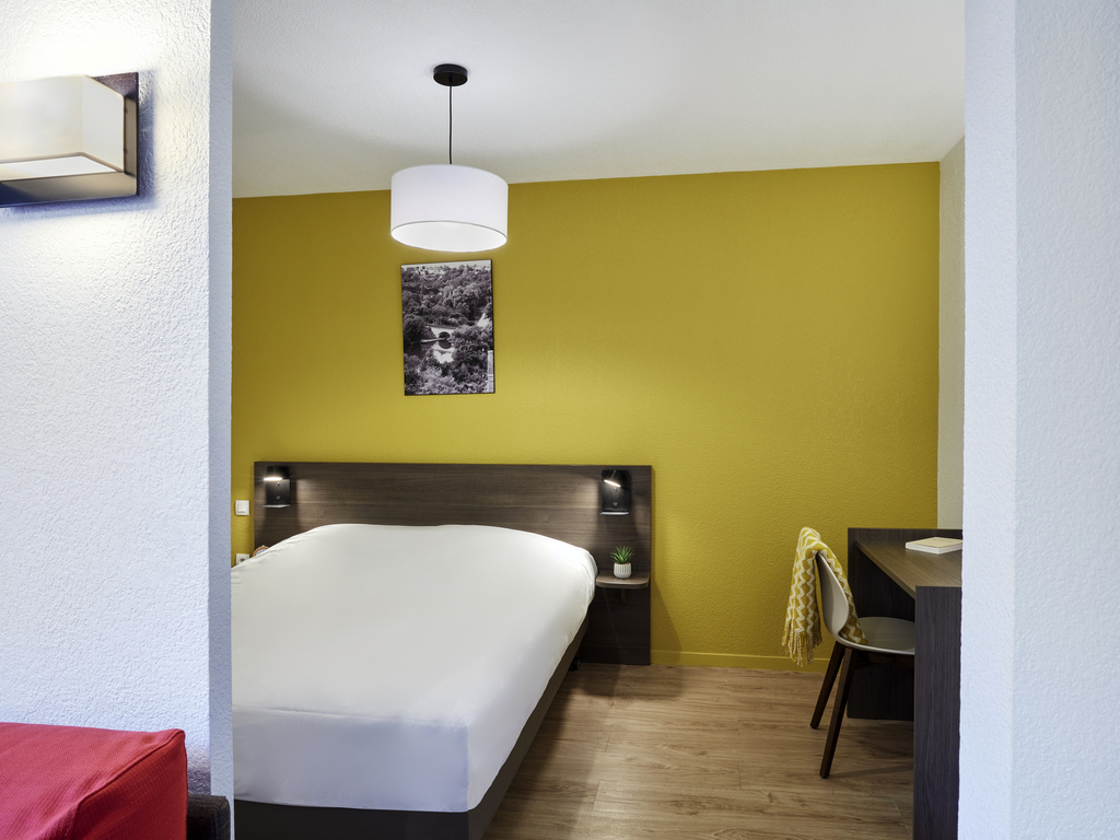 Hotel in poitiers aparthotel adagio access poitiers for Appart hotel poitier