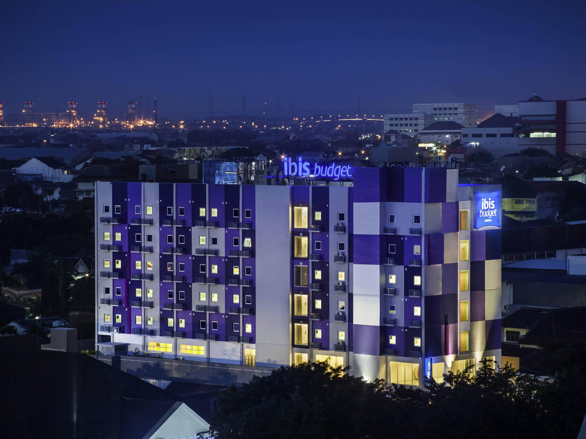โรงแรม – ibis budget Semarang Tendean