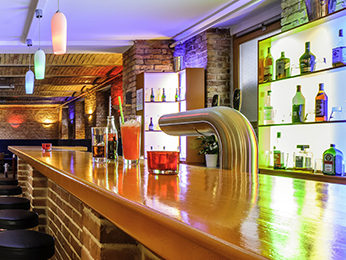 Bar - ibis Styles Berlin City Ost