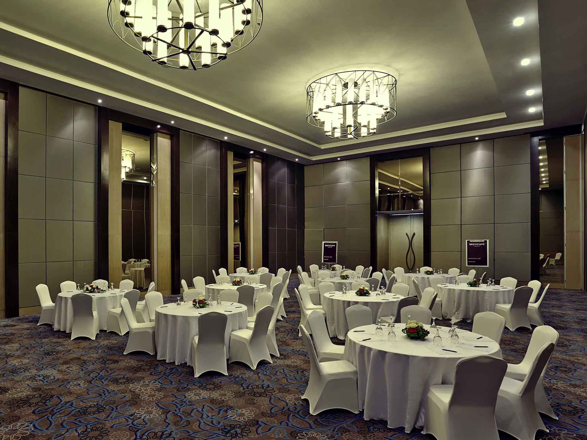 Mercure serpong alam sutera 4 star international hotel meetings and events mercure serpong alam sutera junglespirit Choice Image