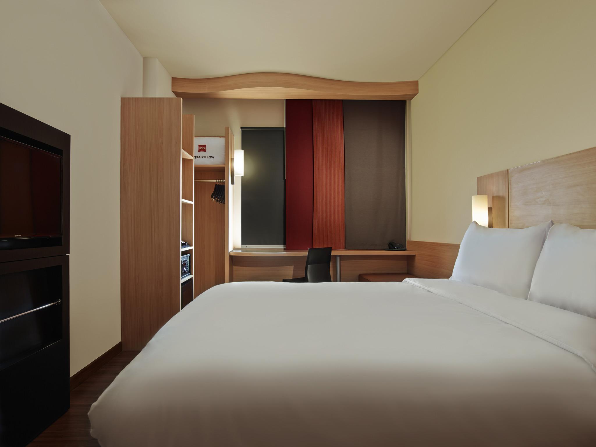 Hotel In Cawang