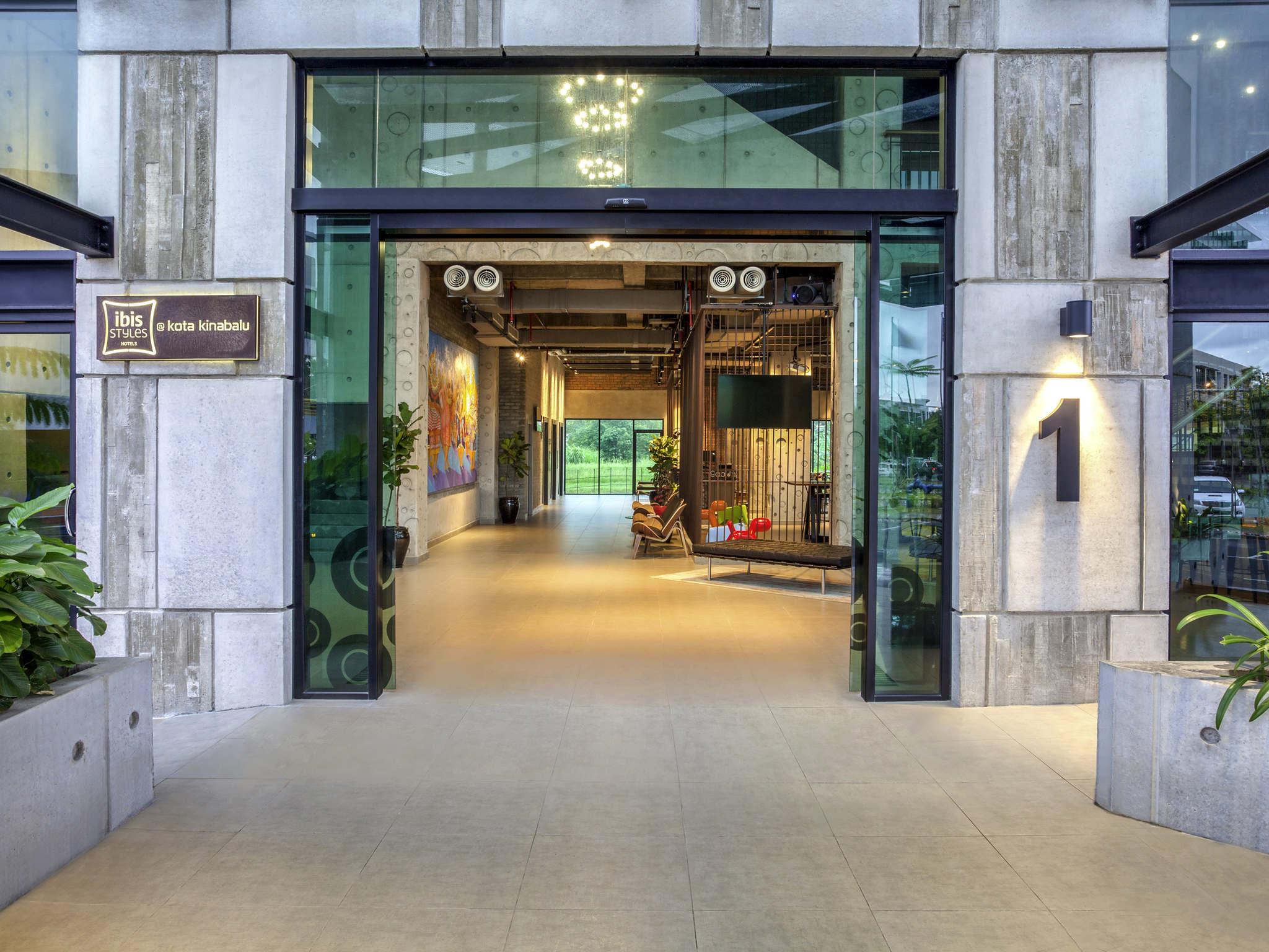 Hotel – ibis Styles Kota Kinabalu Inanam