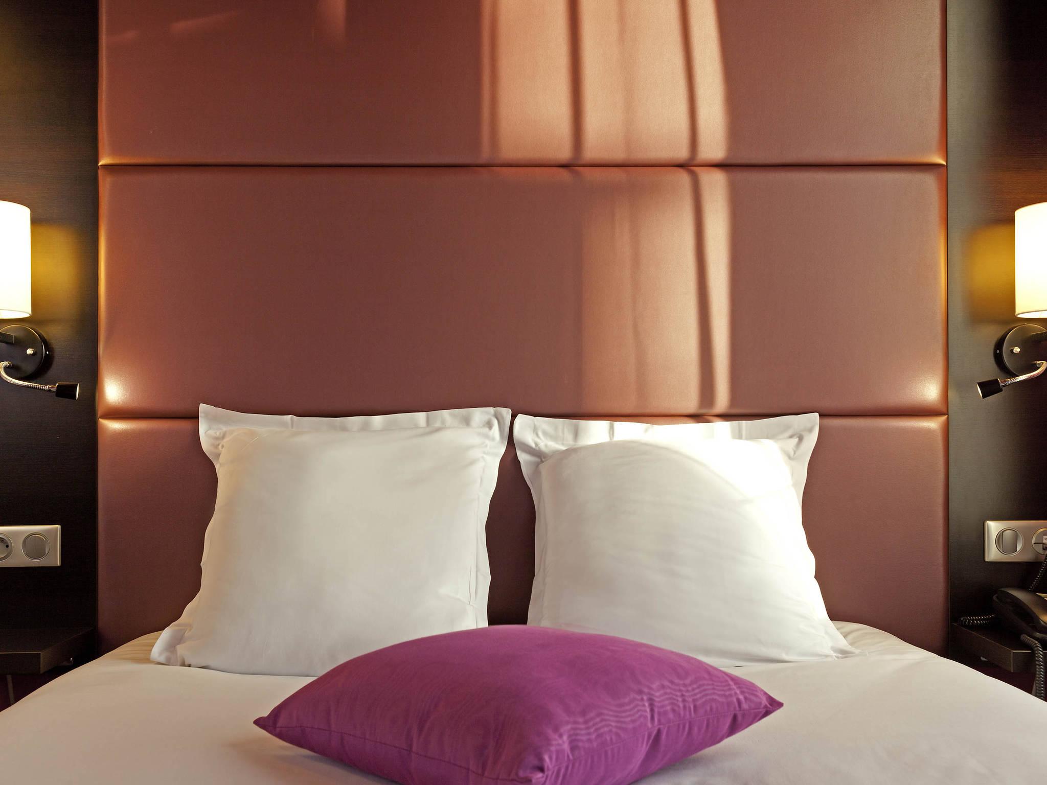 Отель — ibis Styles Париж Пигаль Монмартр