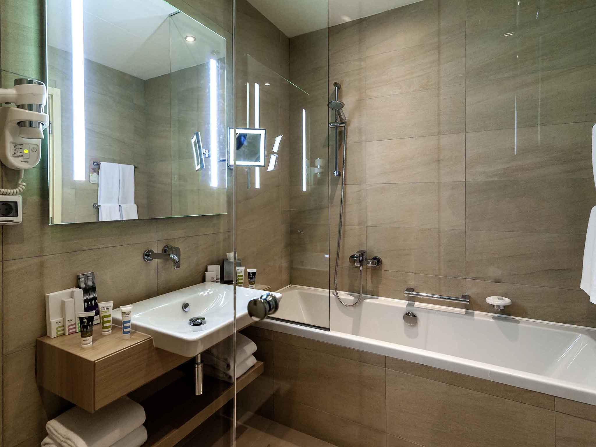 Sochi Hotel Bathrooms - Sochi problems tweets