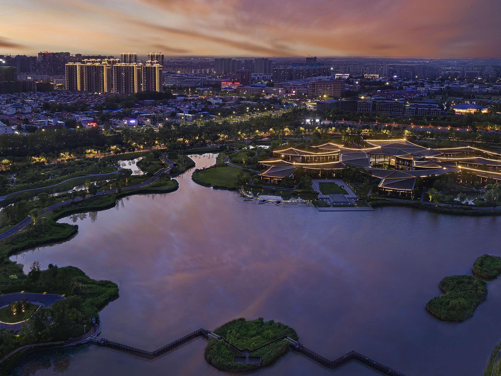 โรงแรม – Pullman Kaifeng Jianye