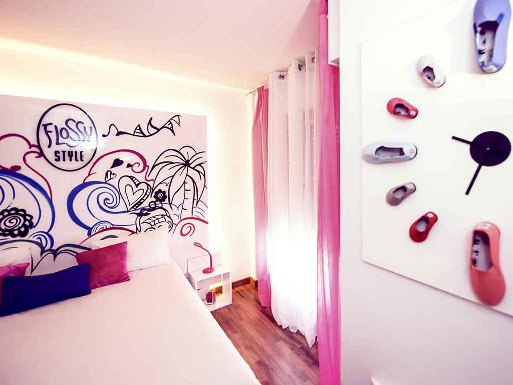 Hotel en arnedo reserva en este moderno ibis styles de for Habitacion cuadruple