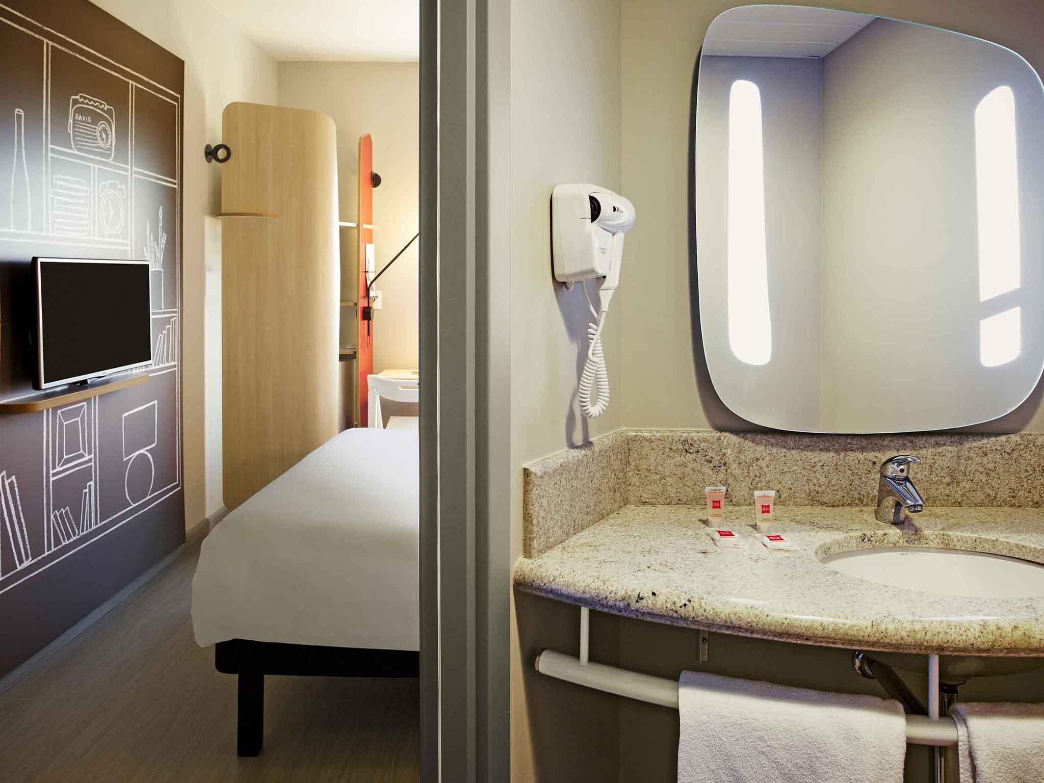 Rooms ibis Paranagua Hotel