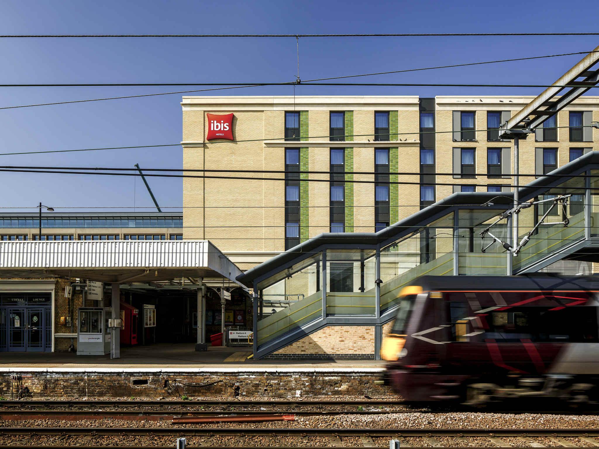 Hotel Ibis Cambridge Central Station