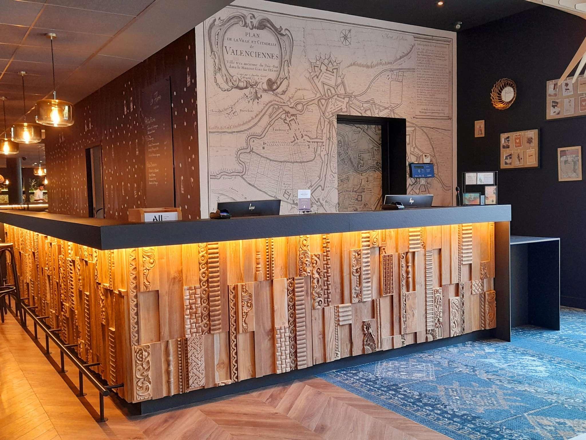 Отель — Hôtel Mercure Valenciennes Centre