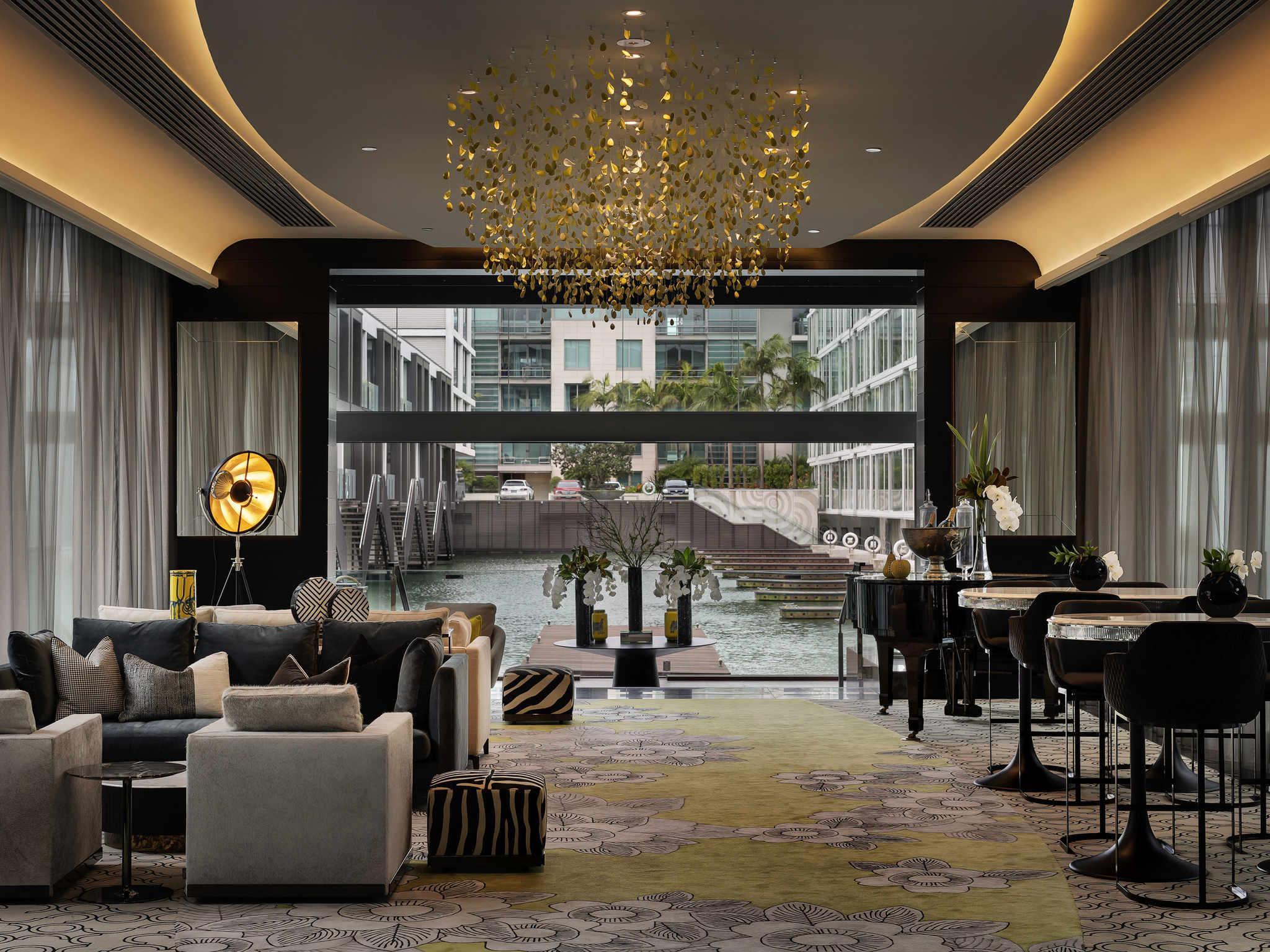 Hotel – Sofitel Auckland Viaduct Harbour