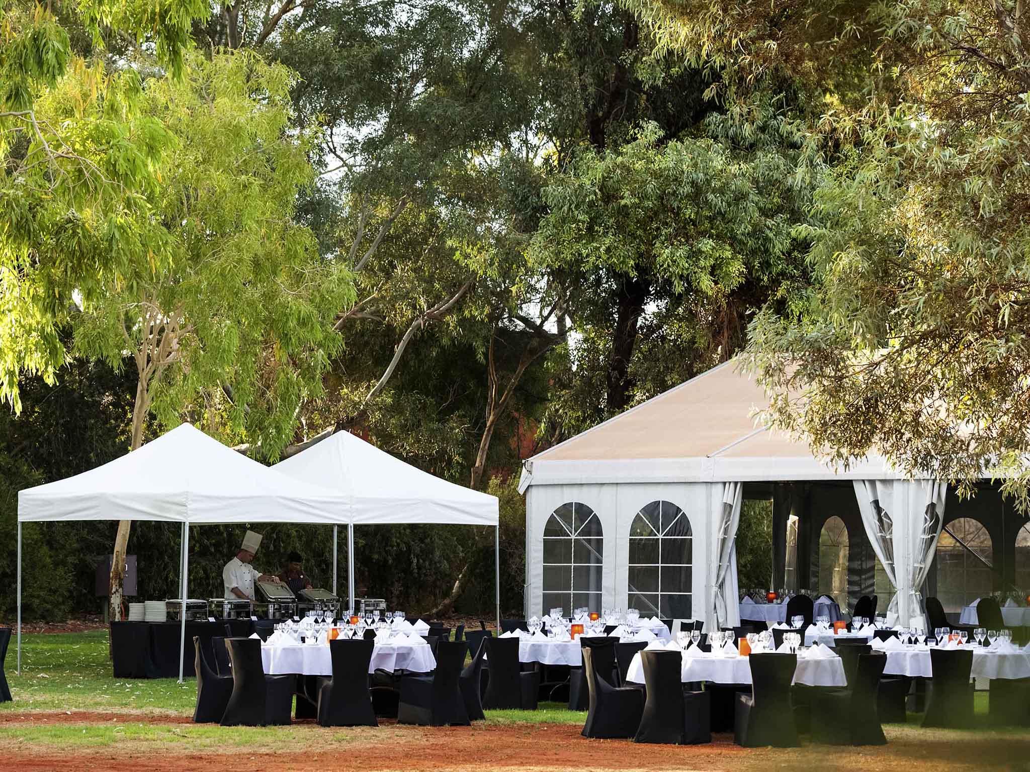 ... Weddings   Desert Gardens A Member Of Novotel Hotels ...