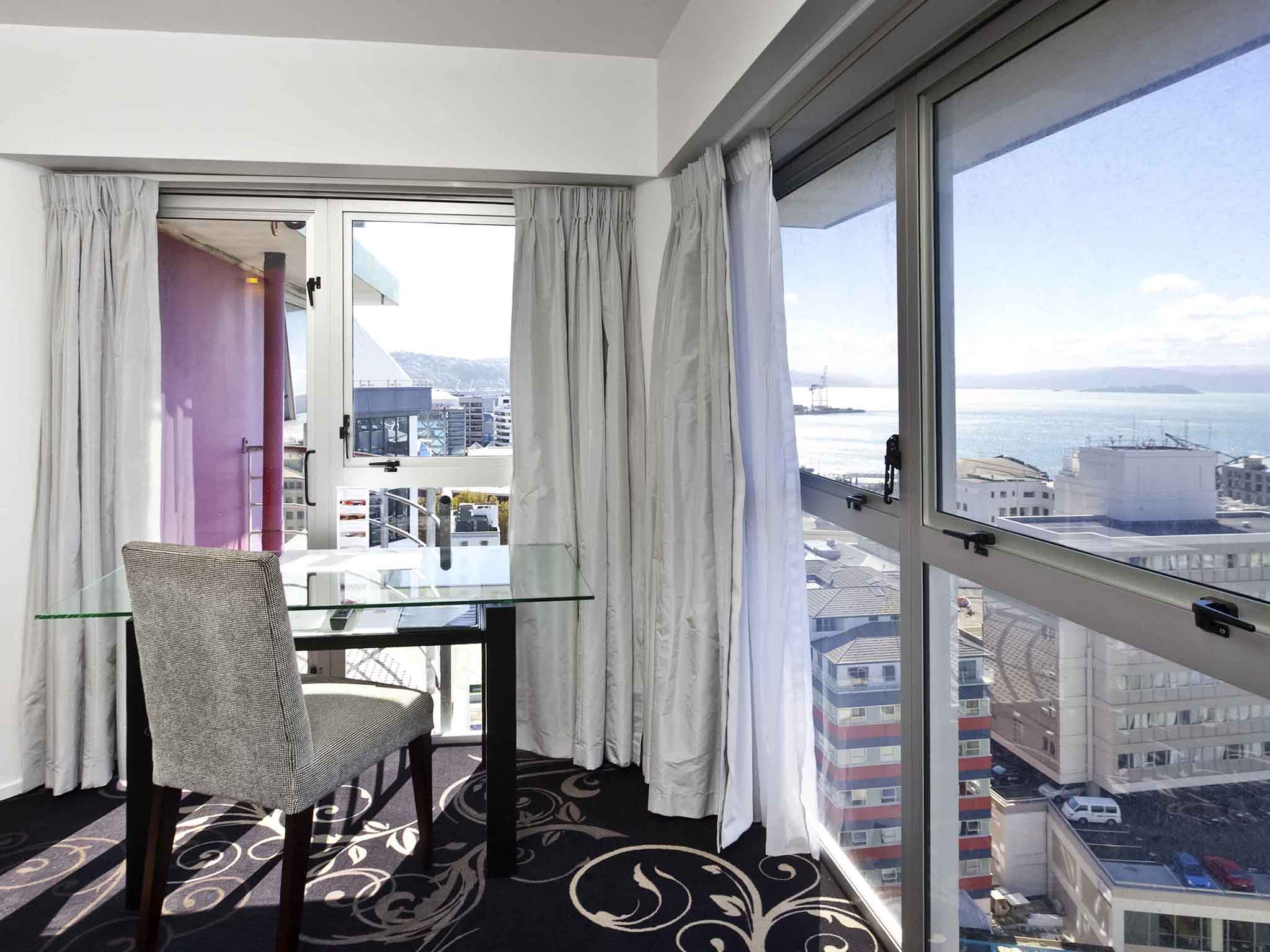 Rooms Mercure Wellington Central City Hotel Apartments