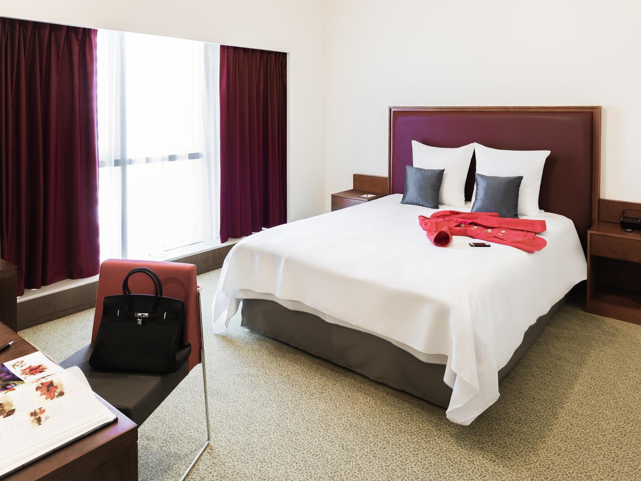 โรงแรม – Aparthotel Adagio Fujairah