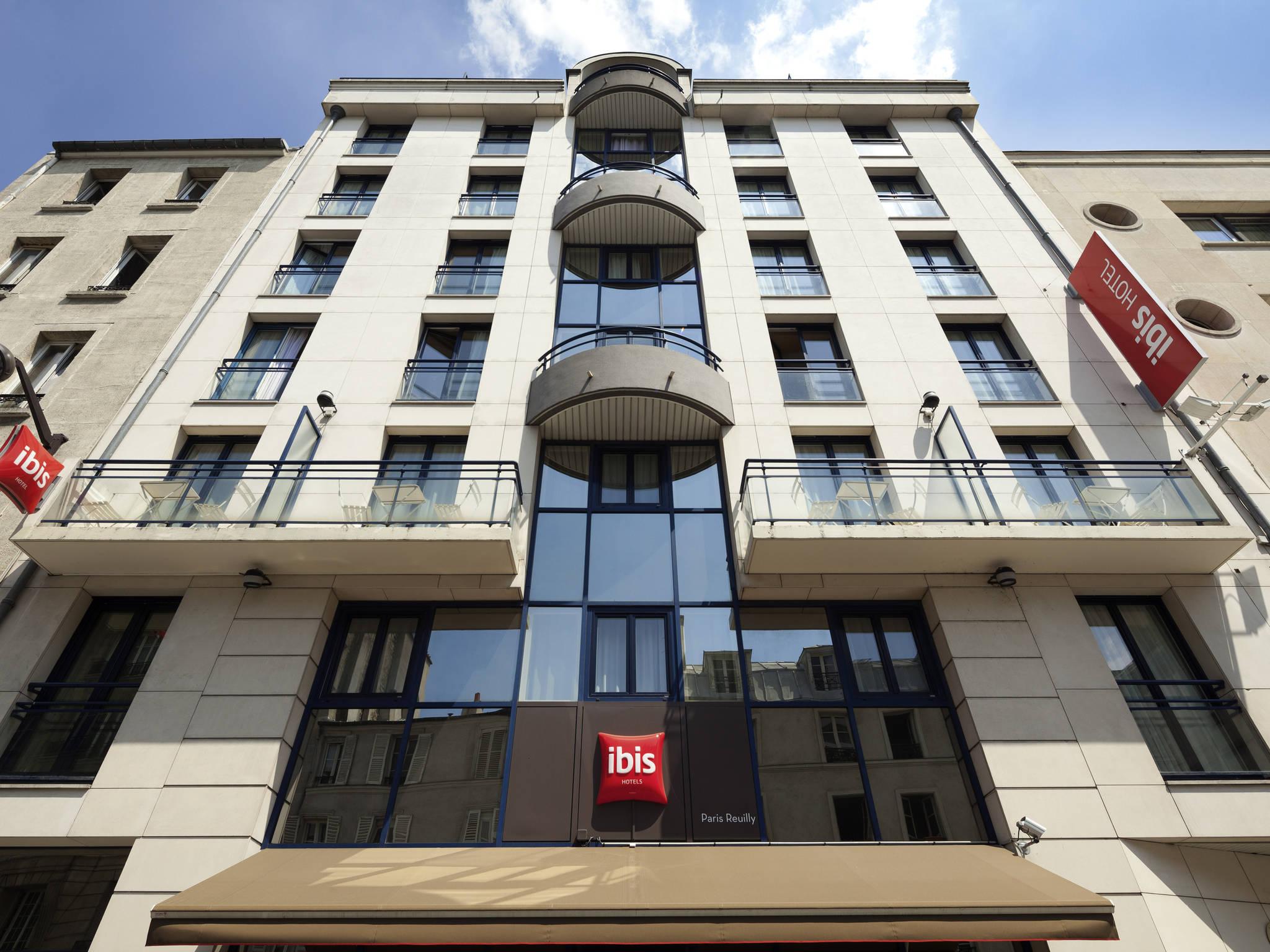 chambre pas cher paris excellent hotel jacuzzi paris pas cher avec cuisine location chambre. Black Bedroom Furniture Sets. Home Design Ideas