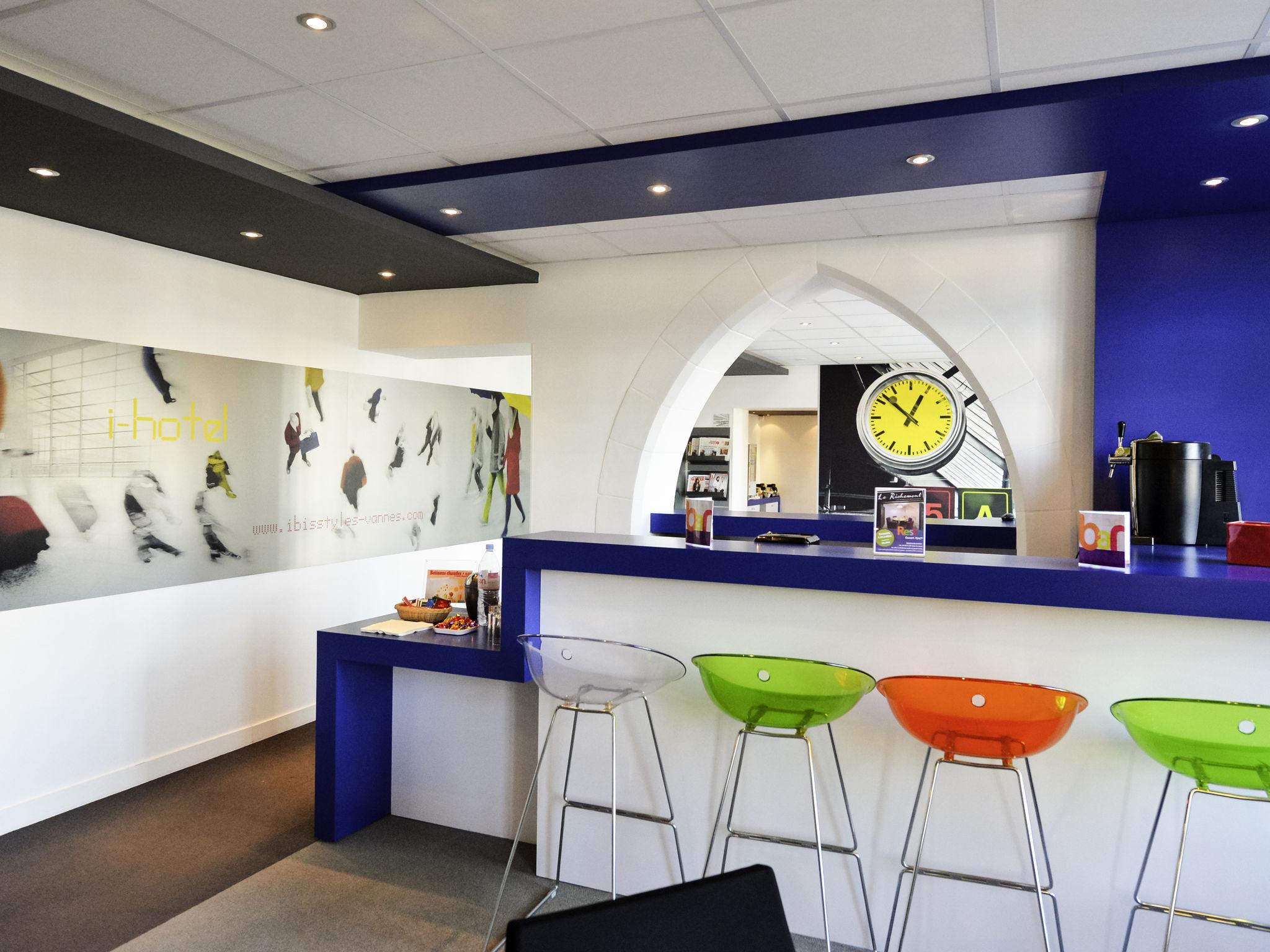 Hotell – ibis Styles Vannes Gare Centre