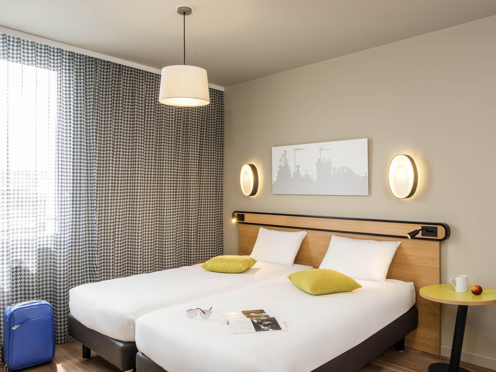 h tel massy aparthotel adagio access paris massy gare tgv. Black Bedroom Furniture Sets. Home Design Ideas