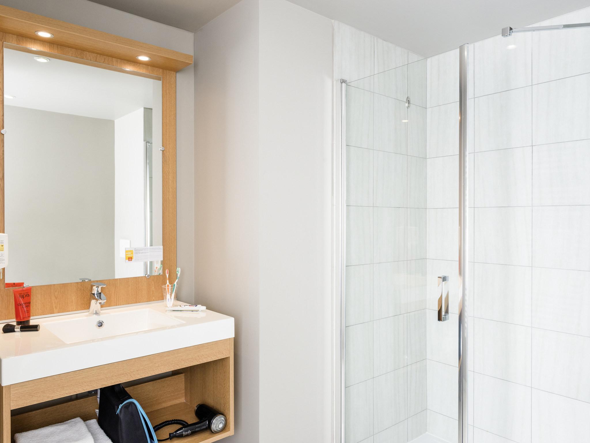 H´tel  MASSY Aparthotel Adagio access Paris Massy Gare TGV