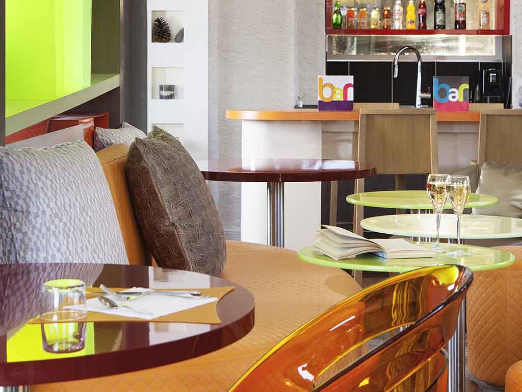 hoteles econ micos bayonne ibis styles bayonne centre gare. Black Bedroom Furniture Sets. Home Design Ideas