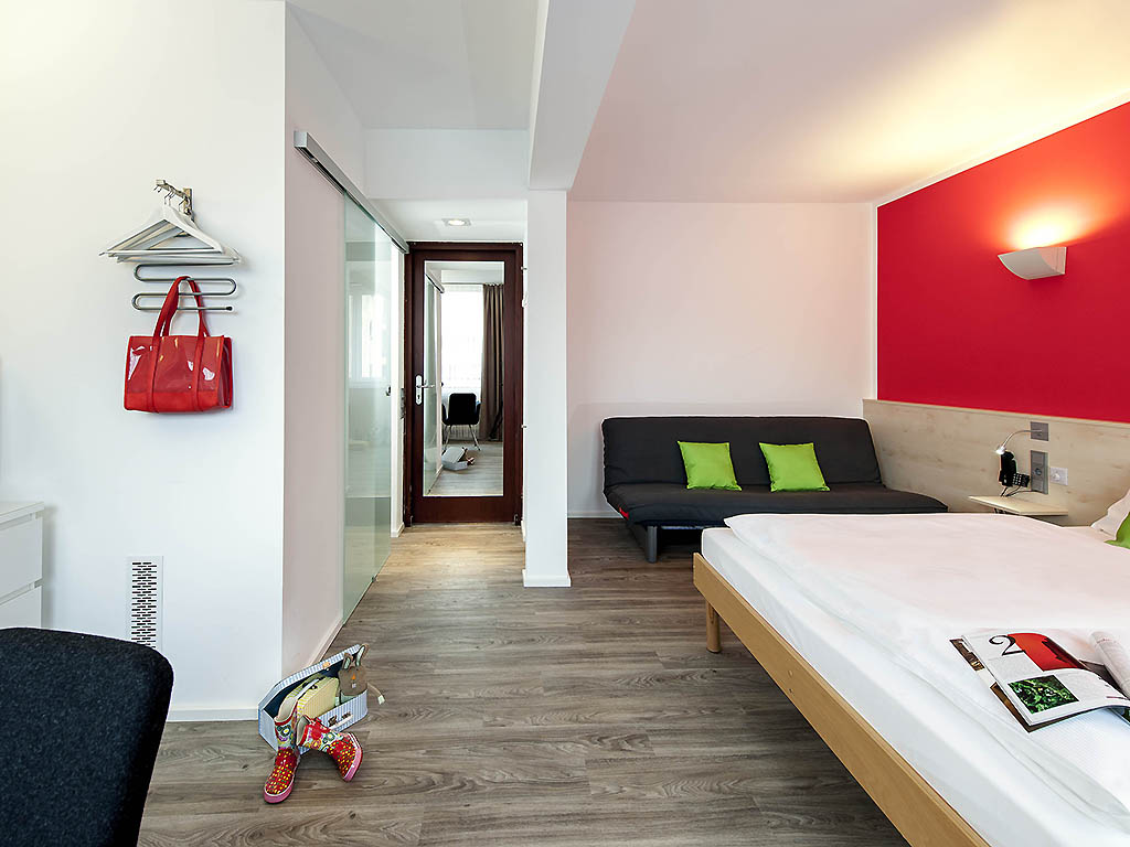 Hotel ibis styles cologne city book your hotel now for Design hotel koeln