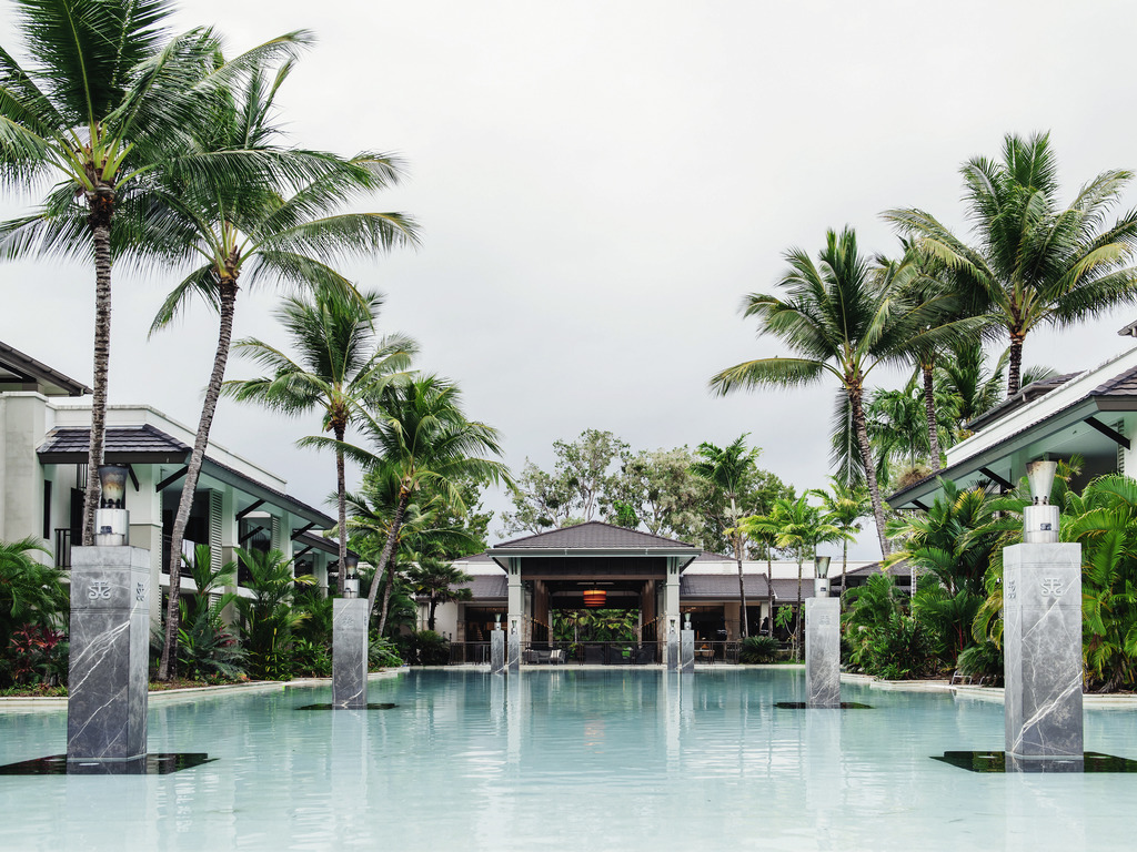 Pullman port douglas sea temple resort and spa accorhotels for Design hotel douala
