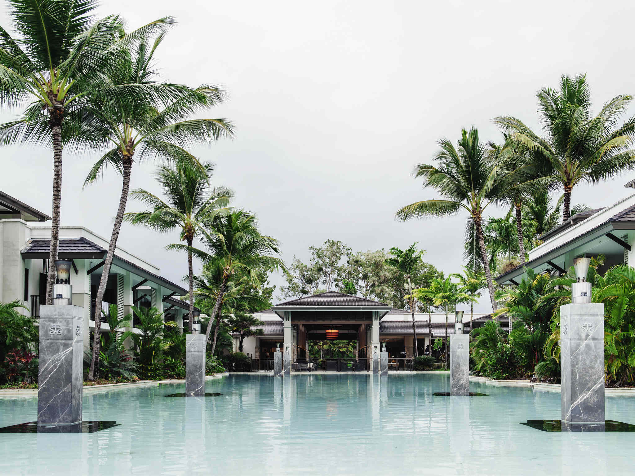 فندق - Pullman Port Douglas Sea Temple Resort & Spa