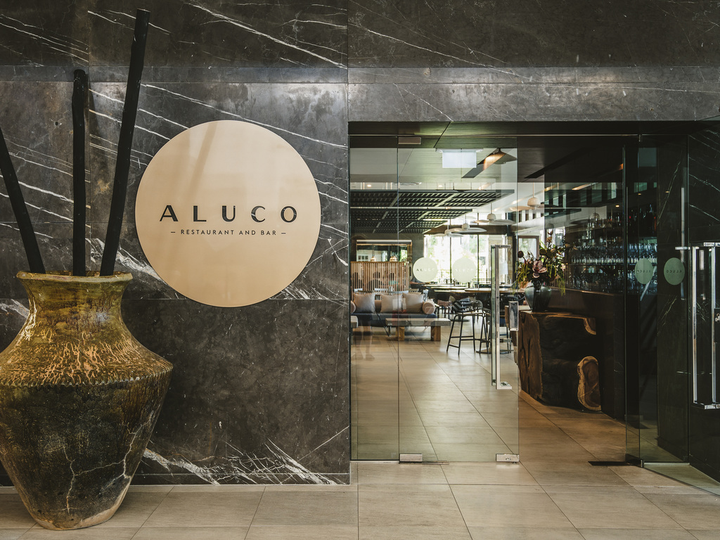 restaurant ALUCO RESTAURANT AND BAR