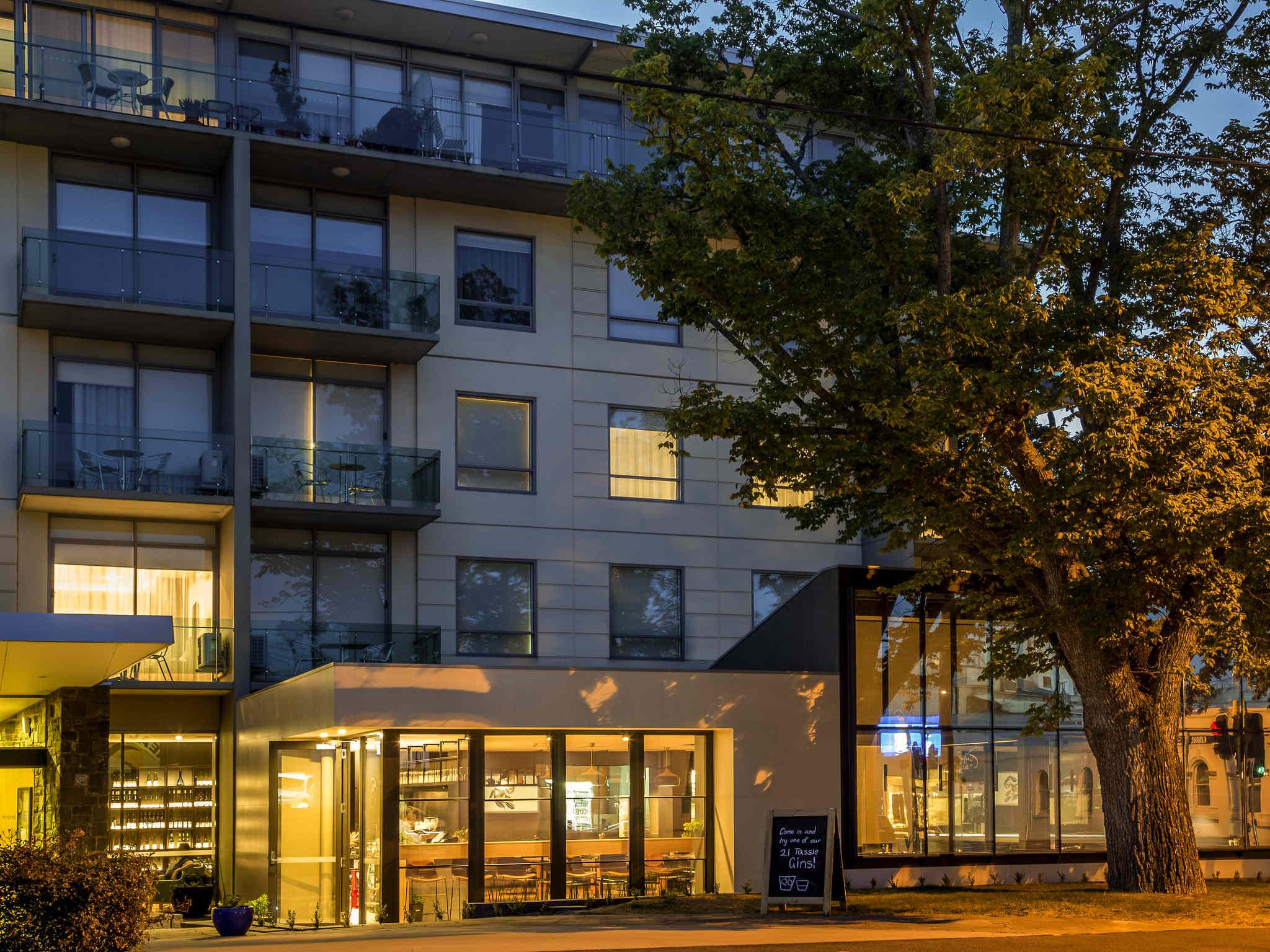 โรงแรม – The Sebel Launceston