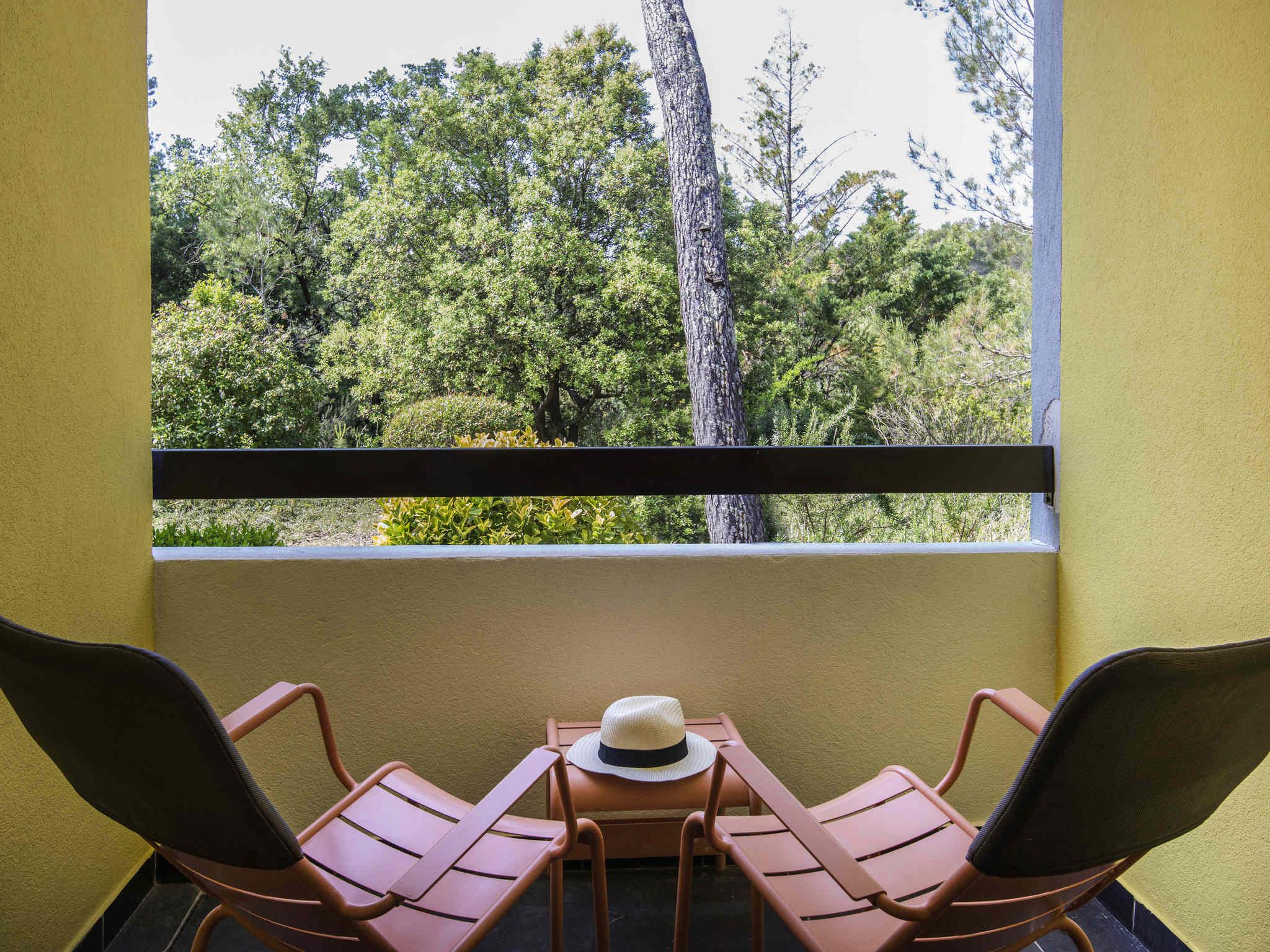 Hotel in BRIGNOLES - Mercure Brignoles Golf de Barbaroux Hotel