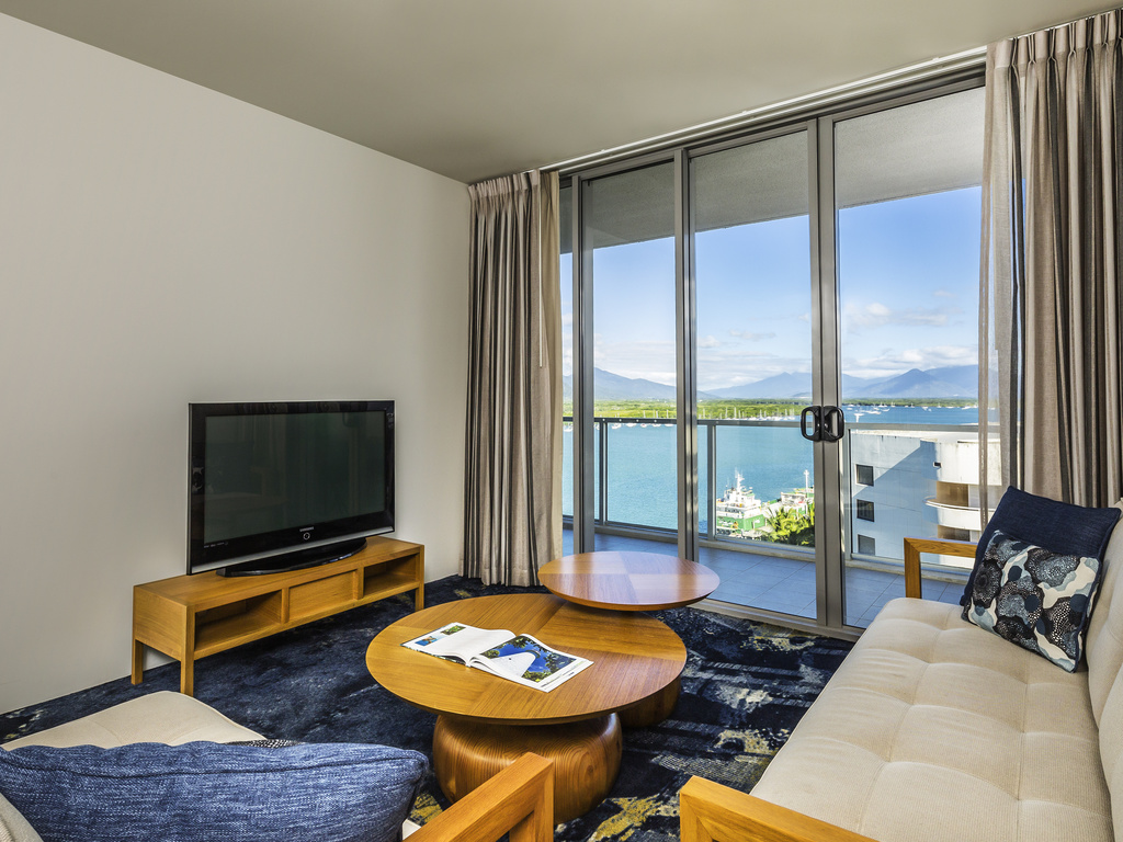 1 Bedroom Apartment Trinity. Hotel Harbour Lights Cairns   AccorHotels