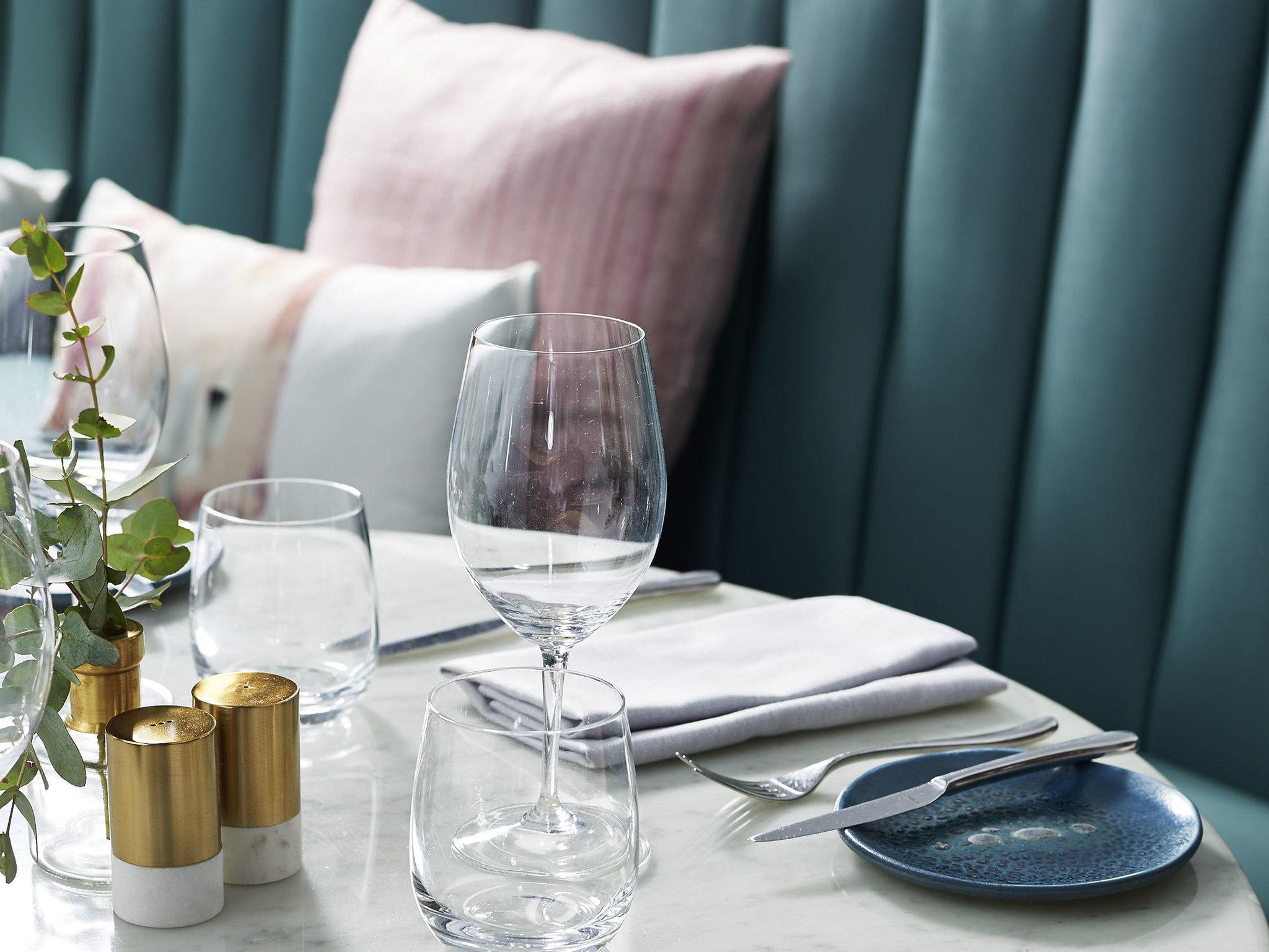 ... Restaurant - Pullman Quay Grand Sydney Harbour ...