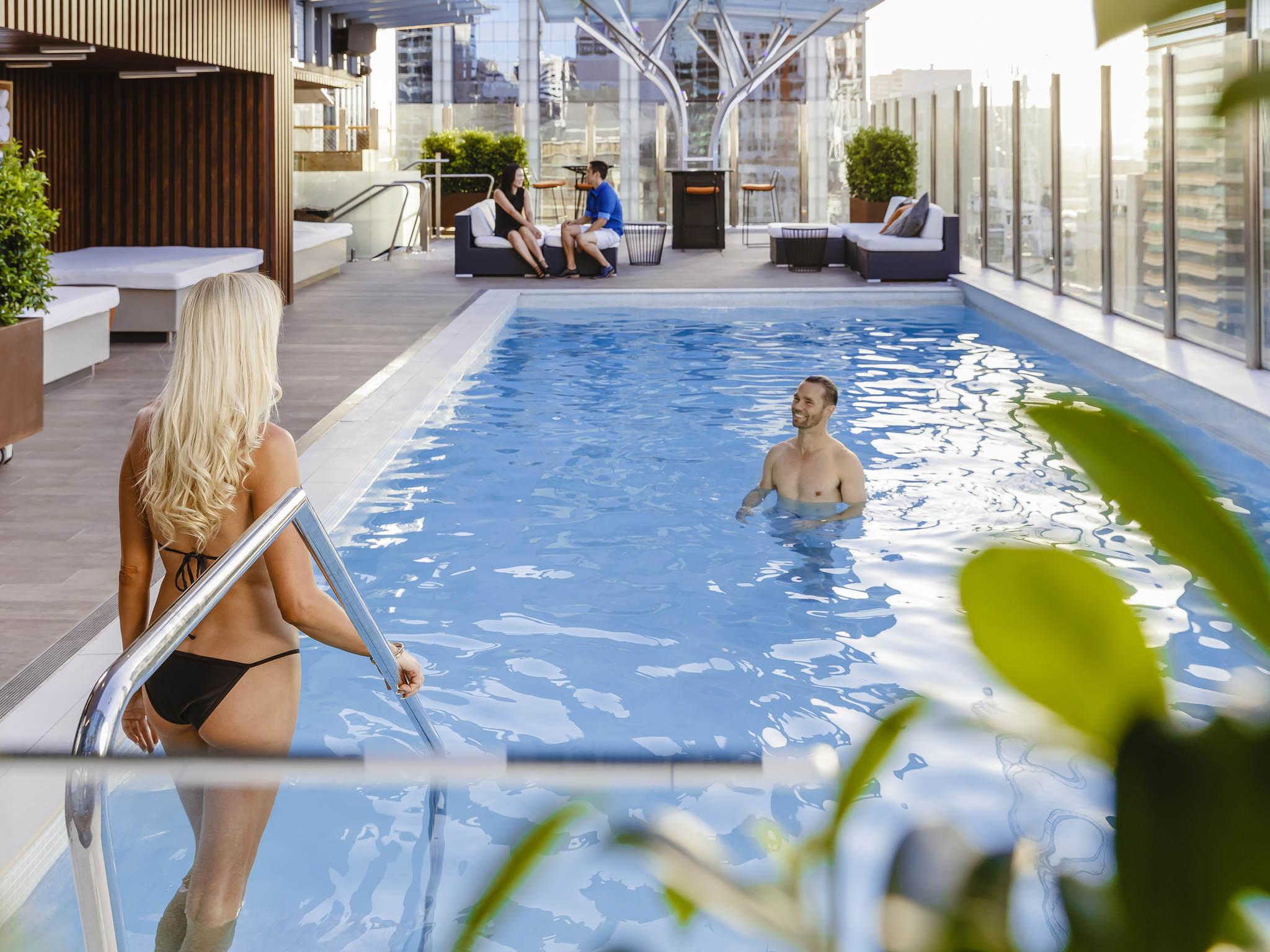 โรงแรม – Mercure Brisbane King George Square