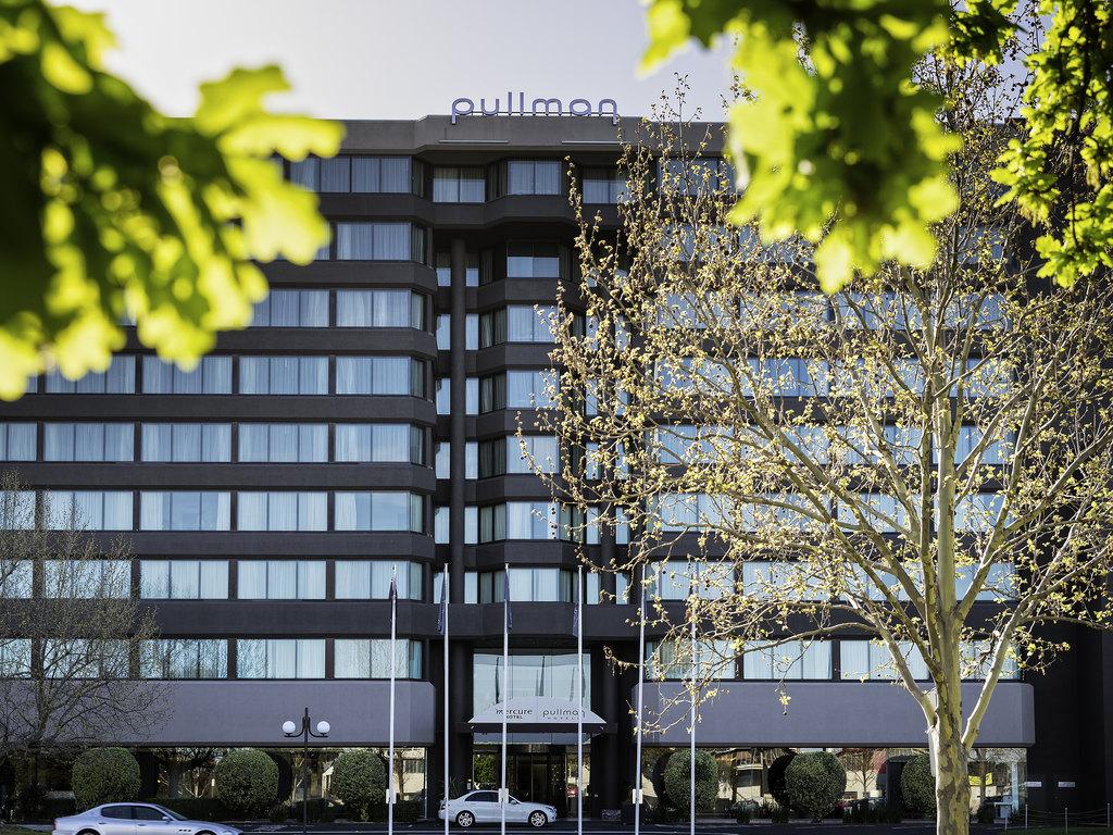 Windows Restaurant Melbourne Restaurants By Accorhotels