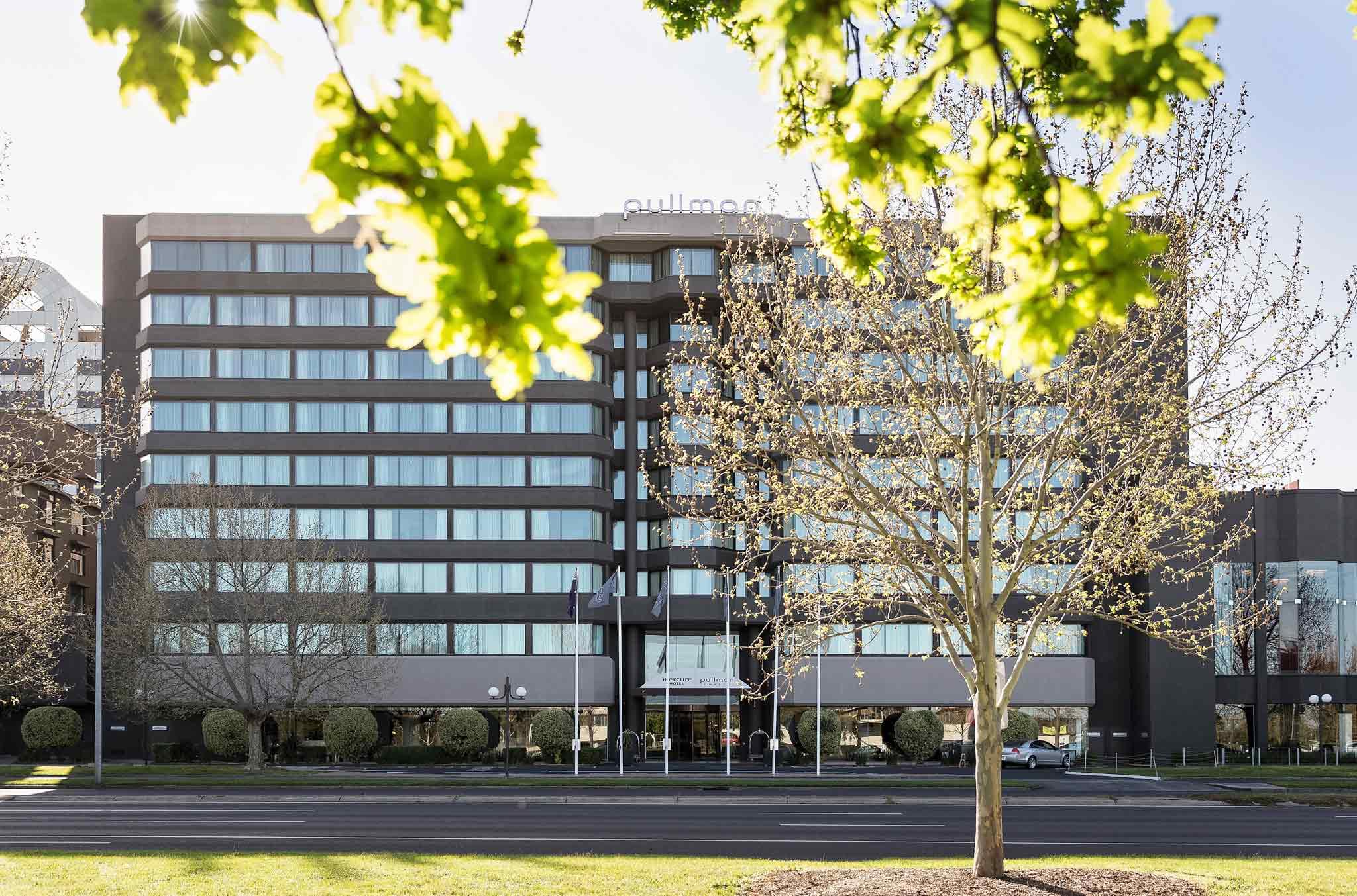โรงแรม – Pullman Melbourne Albert Park