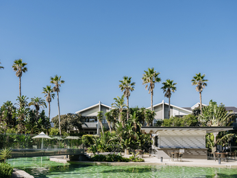 Pullman Magenta Shores Resort