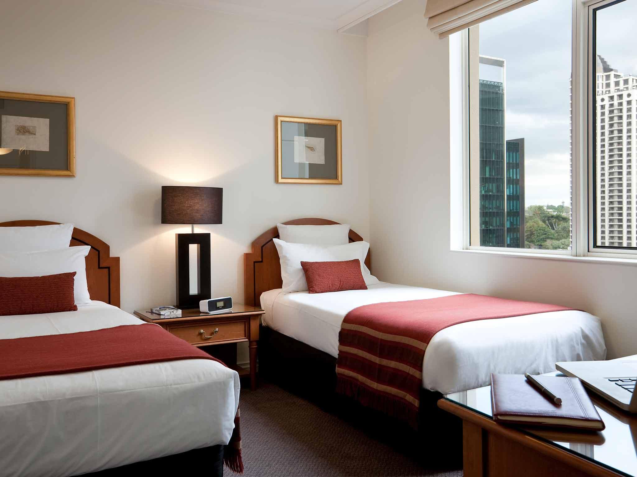 Quay West Suites Auckland-4.5 Star CBD Apartment Hotel