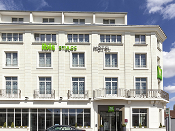 Hotel pas cher saumur ibis styles saumur gare centre for Hotels saumur