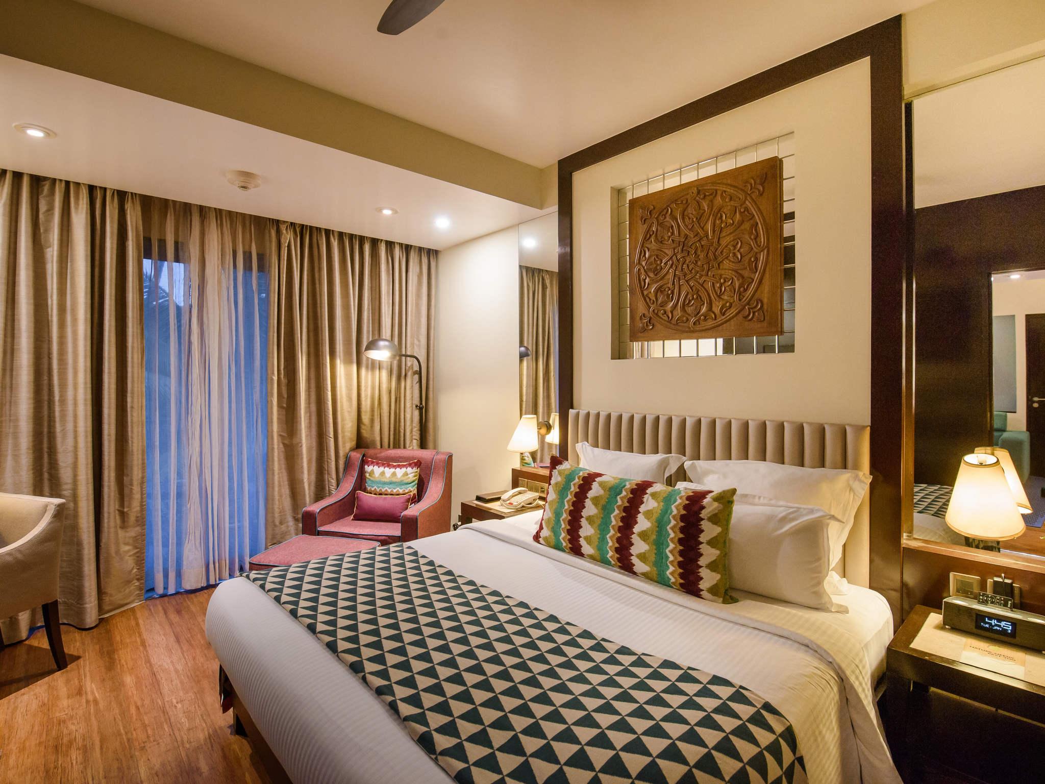 5-Star Shrem Resort-Novotel Goa Resorts & Spa