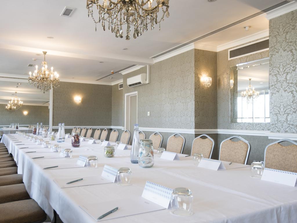 Mercure Milton Keynes Abbey Hill Meeting Room