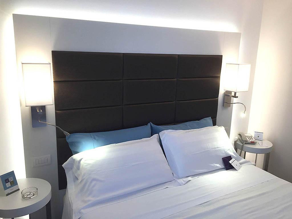 hotel mercure bergame a roport. Black Bedroom Furniture Sets. Home Design Ideas