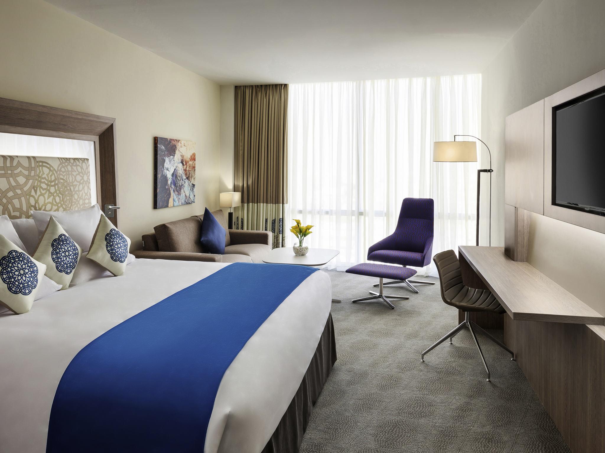 Hotel – Novotel Jeddah Tahlia Street