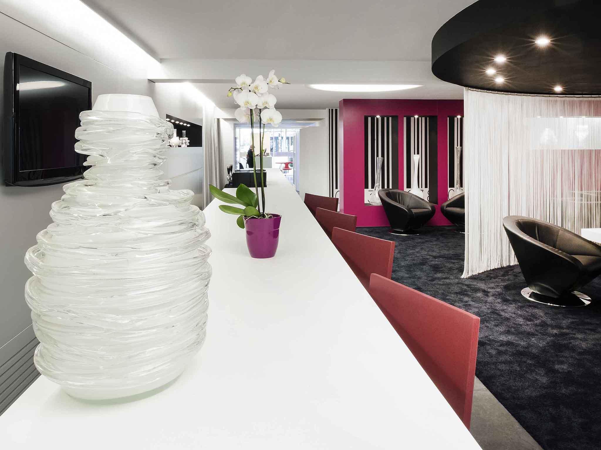 Отель — ibis Styles Брюссель Луиз