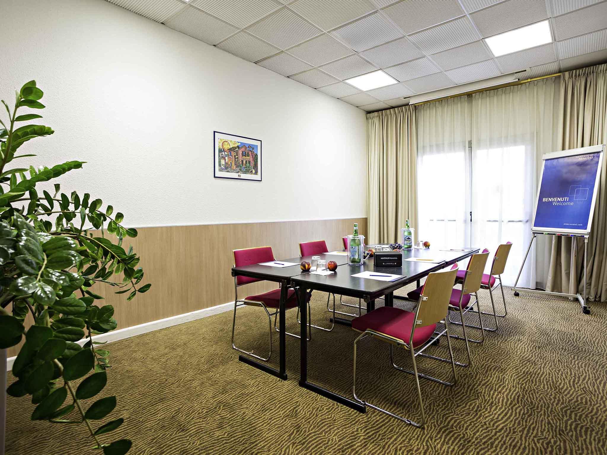 Hotel in Capodrise - Novotel Caserta Sud